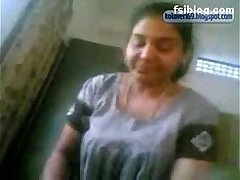 TELUGU PROSTITUTE SUCKING COCK- likefucker.com